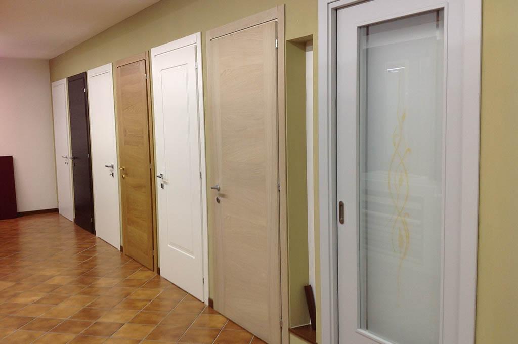 Infissi e serramenti in legno a treviso martini serramenti - Porte da interno ...